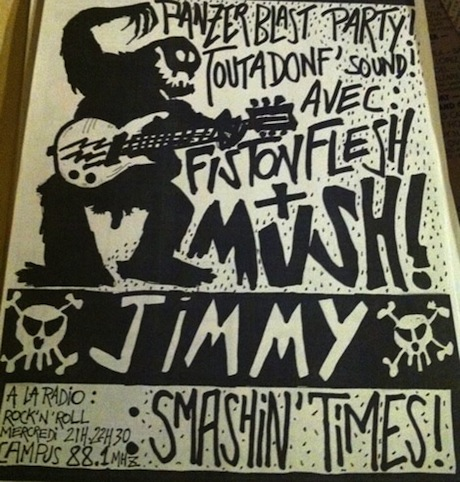 FLYER MUSH RADIO CAMPUS