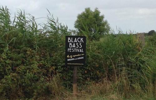 BLACK BASS PANNEAU