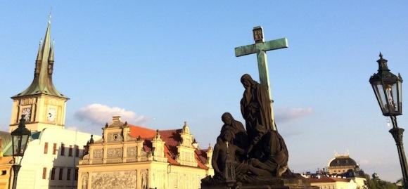 PRAGUE 700